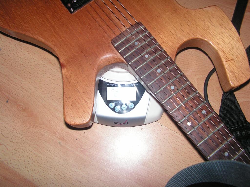 Fabricando una imitación de guitarra Parker
