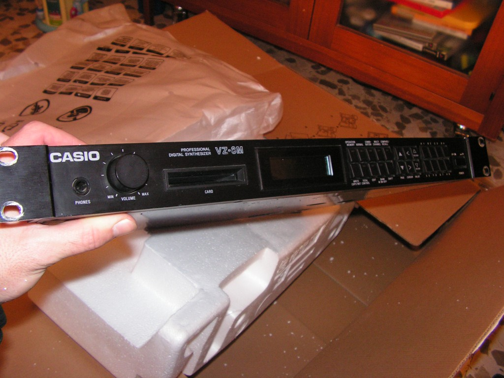 Unpacking Casio VZ-8M